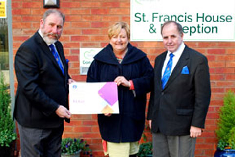 Pictured from left to right, are: Frank Umbers, Julie McAdam and Graham Chambers.