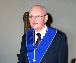 Raynford celebrates 60 years in Freemasonry