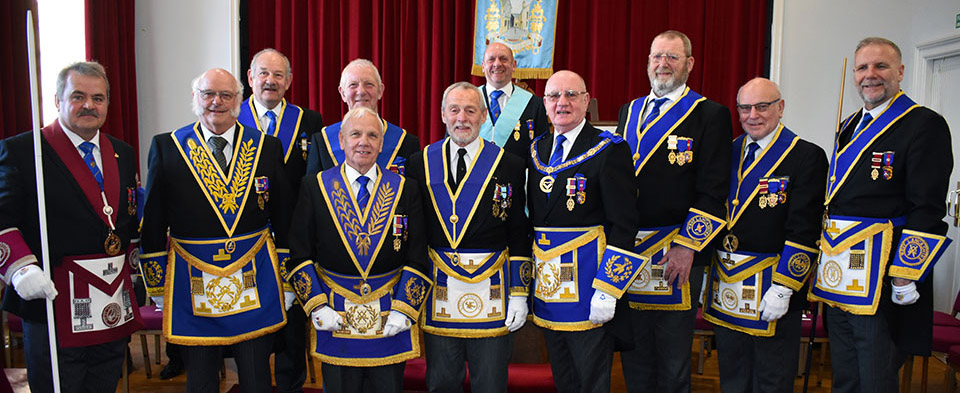 Pictured from left to right, front row are: Keith Halligan, David Kellet, Alan Jones, Reg Walker, David Grainger, Fred Dickinson, Stuart Wilson and Barry Fitzgerald. Back row: David Cole, Steve Plevey and Geoff Biddulph.