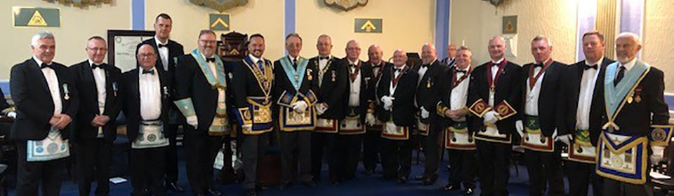 The brethren of Ashlar Lodge, together with their guests.