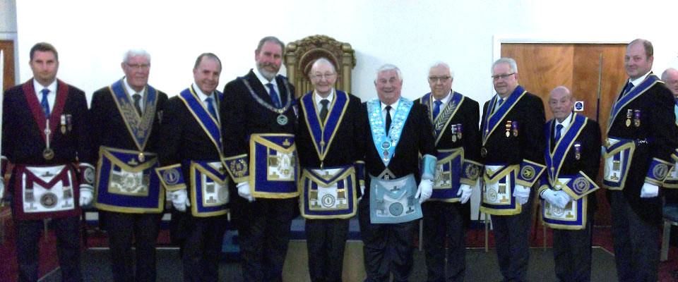 Albert Hannah (centre right), with grand and acting Provincial grand officers.