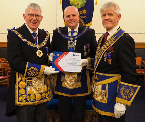 Tony Harrison (left) presenting the MCF 2021 Vice Presidency certificate to David Winder (centre) and Ian Ward.