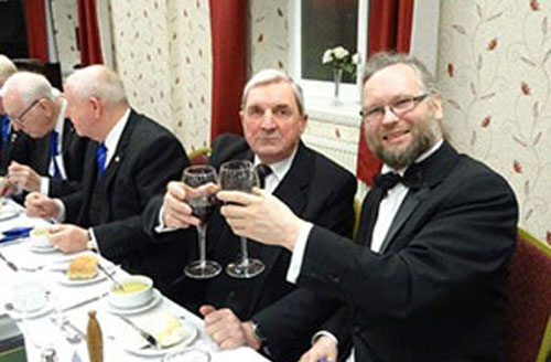 Alan Whittingham (centre) and Anchorsholme Lodge WM, David Edwards (right).