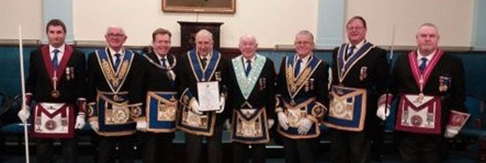 Cyril (centre) with grand and Provincial grand officers