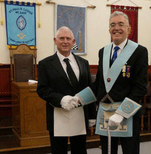 Neil Worthingtion (right) congratulates Anthony Hamilton.