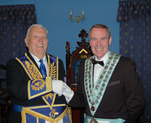 David Anderton (left) congratulates Anthony Summers.
