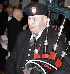 Rowan Bos pipes in the brethren.