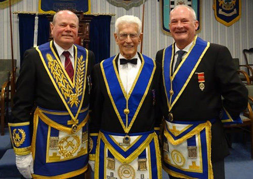 Pictured from left to right, are: Duncan Smith, Bob Abbott-Hull and Damon Tait of Broadwater Lodge.