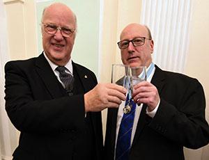 Stephen Walls (left) with Graham Robinson.