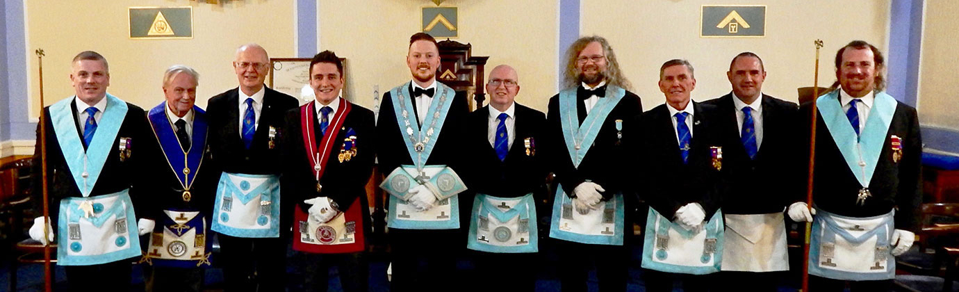 Paul Holt and members of Blackpool Lodge of Fellowship with visiting brethren from Blackpool Lodge of Integrity and Anchorsholme Lodge.